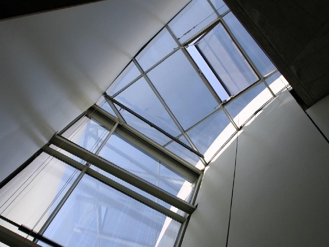Modern Art - UVA Sonnenschutz